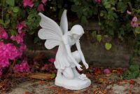Flower fairy garden statue